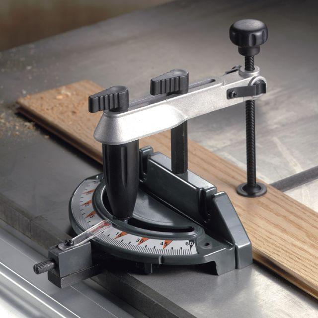 Fabrication d'une scie sur table - Page 2 00929935000-1