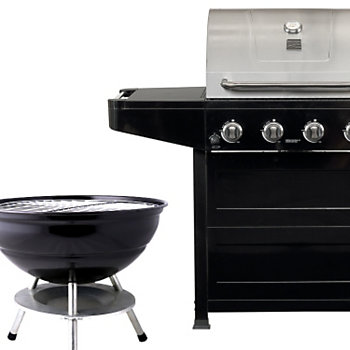 Choosing%20between%20a%20charcoal%20and%20gas%20grill?$main$