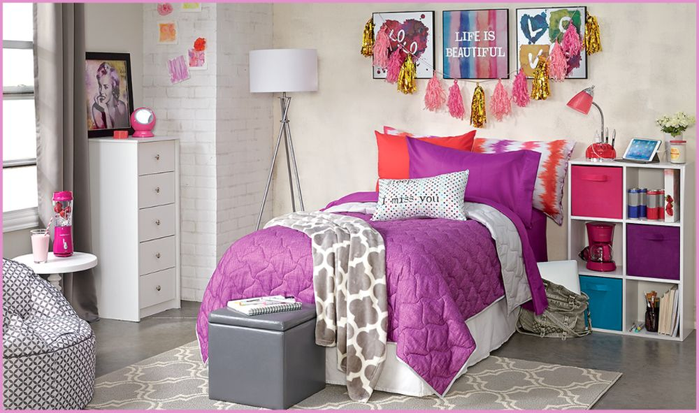 //www.kmart.com/home-bed-bath-bedding-quilts-coverlets&Essential%20Home/b-1348487210?filter=Brand&adcell=BEDHeroQuilts